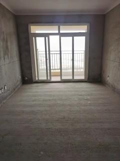 凤凰城3室2厅1卫69万106m²毛坯房出售证件齐全,采光好
